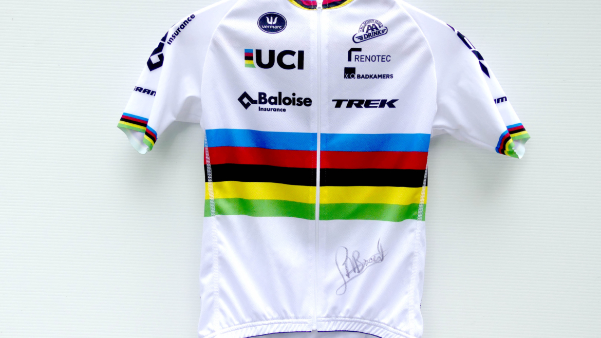 Top distance rider: Lucinda Brand Cyclocross World Championship signed jersey